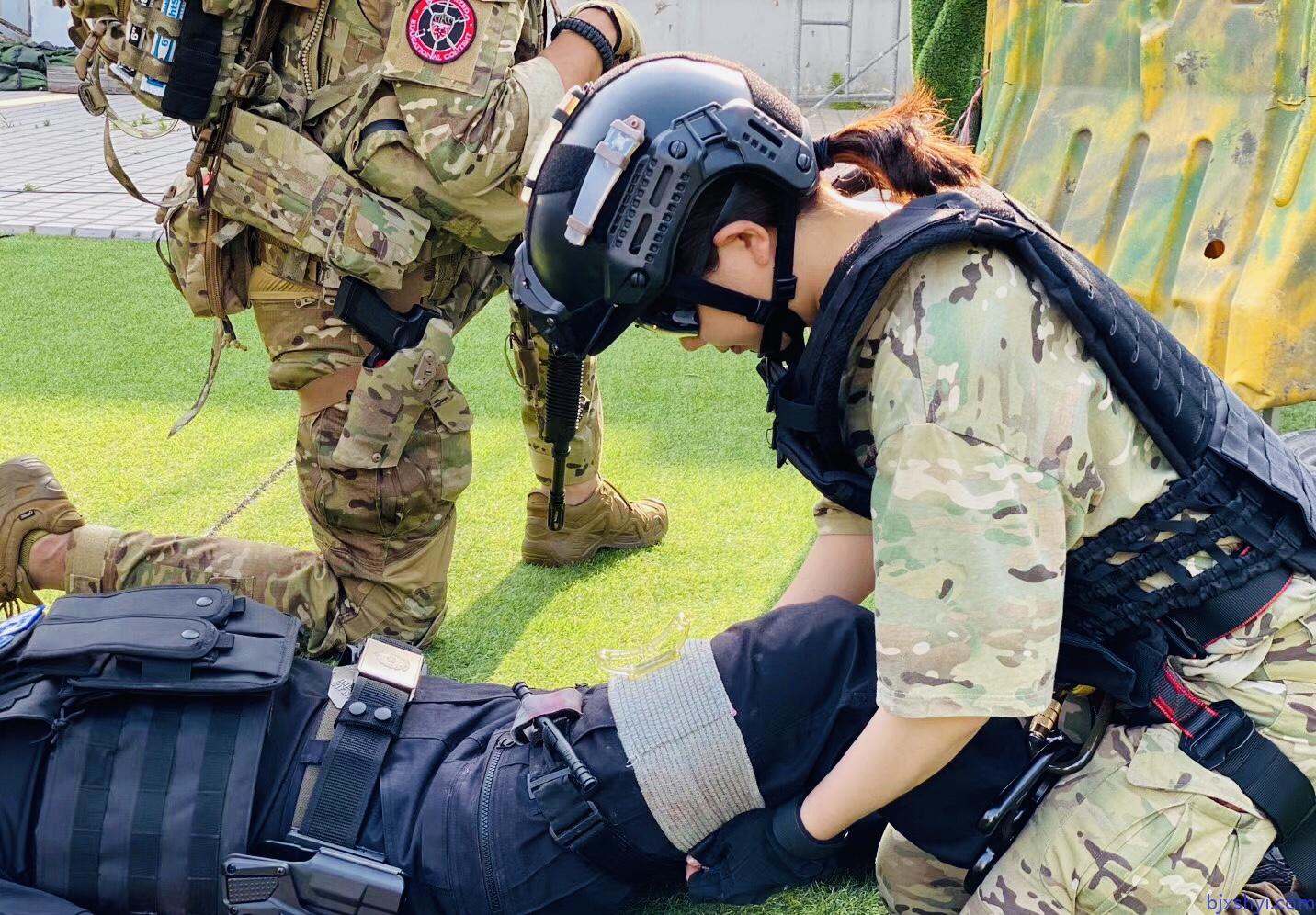 TECC战术紧急伤员救护战术绷带使用